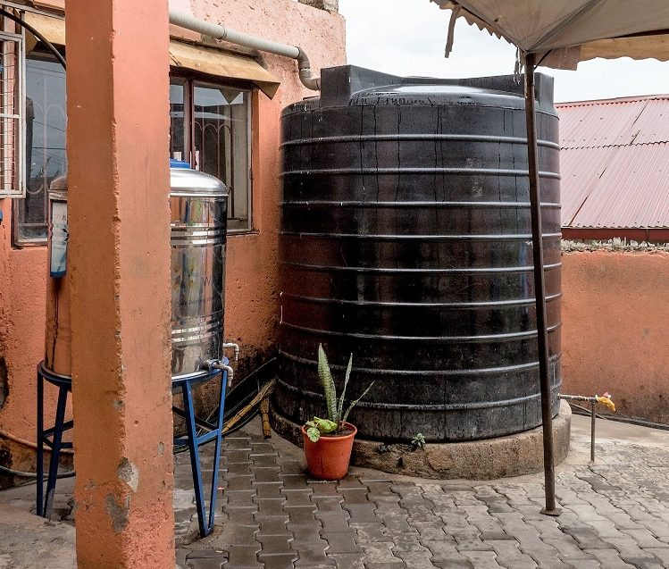 Water Tank for cleaning Drinking water